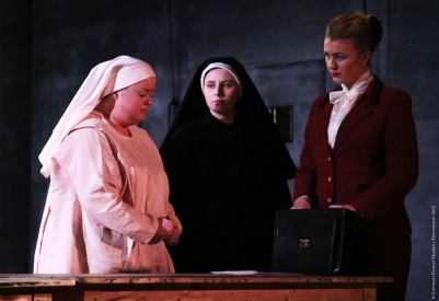 Rebecca Rodgers (Suor Angelica), Carla Snow (La Badessa) and Carolyn Holt (La Zita Principessa) in Suor Angelica. Photo by Frances Marshall.